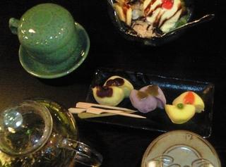 伝統茶店菓子.JPG